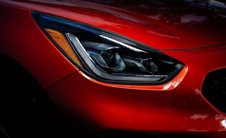 2020 Kia Niro Hybrid Headlight Wallpapers 450x275 (38)