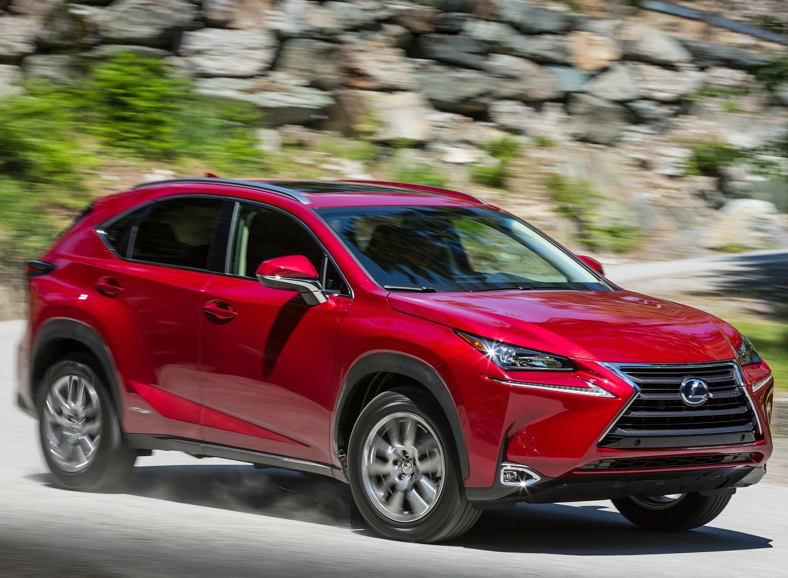2020 Lexus NX 300h Front Three-Quarter Wallpapers (2)