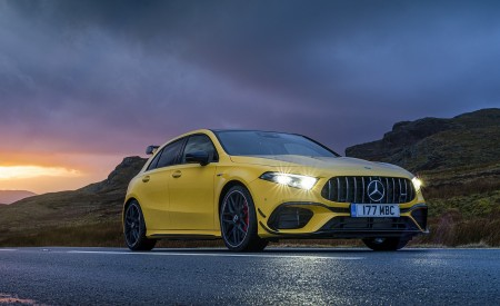 2020 Mercedes-AMG A 45 S (UK-Spec) Front Three-Quarter Wallpapers 450x275 (43)