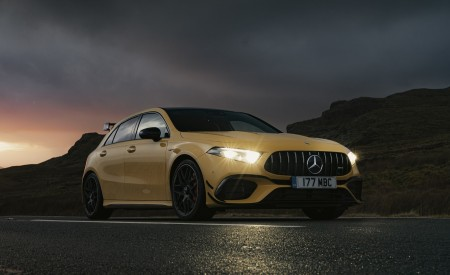 2020 Mercedes-AMG A 45 S (UK-Spec) Front Three-Quarter Wallpapers 450x275 (46)