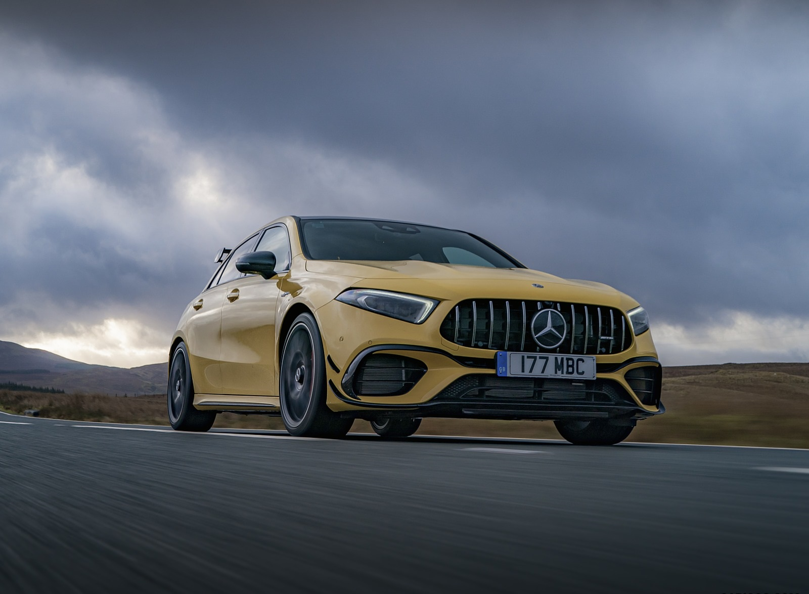 2020 Mercedes-AMG A 45 S (UK-Spec) Front Three-Quarter Wallpapers (10)