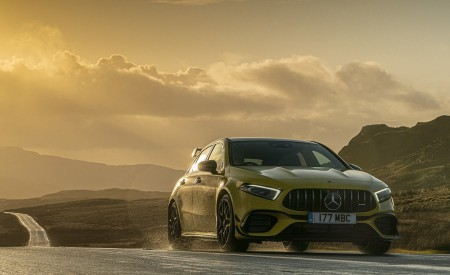 2020 Mercedes-AMG A 45 S (UK-Spec) Front Three-Quarter Wallpapers 450x275 (13)