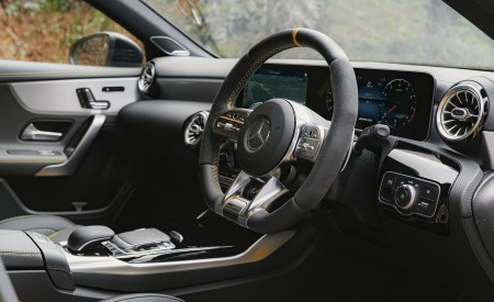 2020 Mercedes-AMG A 45 S (UK-Spec) Interior Detail Wallpapers 450x275 (67)