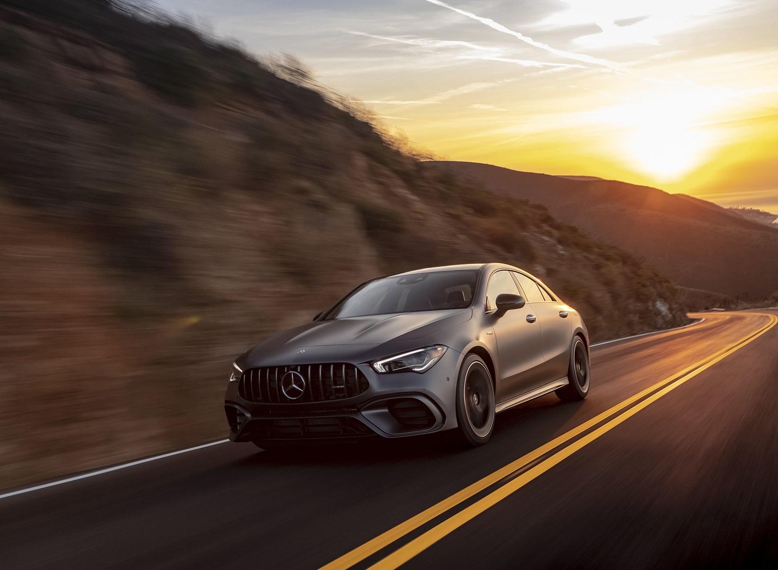 2020 Mercedes-AMG CLA 45 (US-Spec) Front Three-Quarter Wallpapers (6)