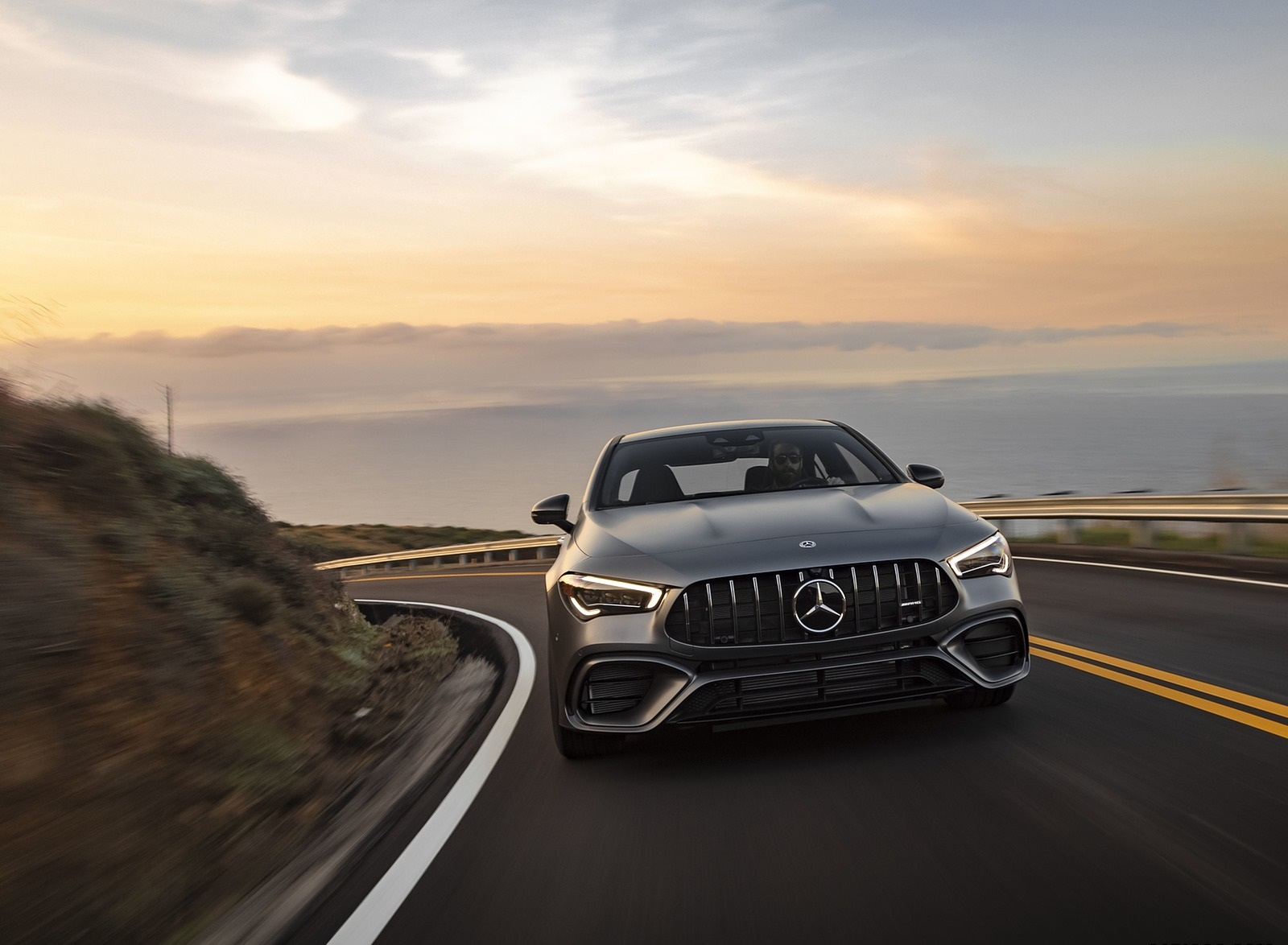 2020 Mercedes-AMG CLA 45 (US-Spec) Front Wallpapers (10)