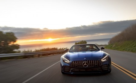 2020 Mercedes-AMG GT R Roadster (US-Spec) Front Wallpapers 450x275 (13)