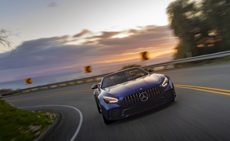 2020 Mercedes-AMG GT R Roadster (US-Spec) Front Wallpapers 450x275 (7)