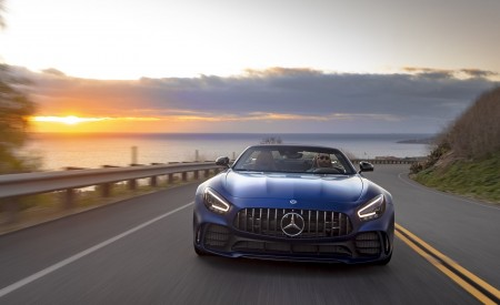 2020 Mercedes-AMG GT R Roadster (US-Spec) Front Wallpapers 450x275 (14)