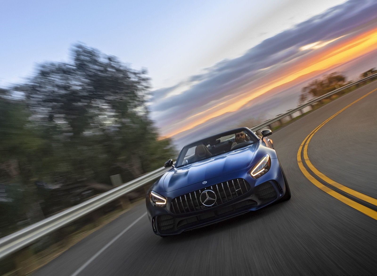 2020 Mercedes-AMG GT R Roadster (US-Spec) Front Wallpapers (1)