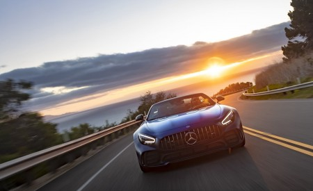 2020 Mercedes-AMG GT R Roadster (US-Spec) Front Wallpapers 450x275 (24)