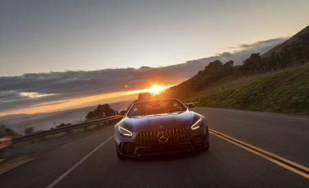 2020 Mercedes-AMG GT R Roadster (US-Spec) Front Wallpapers 450x275 (17)
