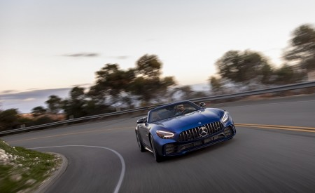 2020 Mercedes-AMG GT R Roadster (US-Spec) Front Wallpapers 450x275 (18)