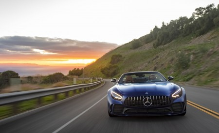 2020 Mercedes-AMG GT R Roadster (US-Spec) Front Wallpapers 450x275 (19)
