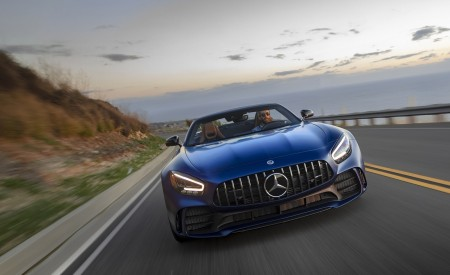 2020 Mercedes-AMG GT R Roadster (US-Spec) Front Wallpapers 450x275 (2)