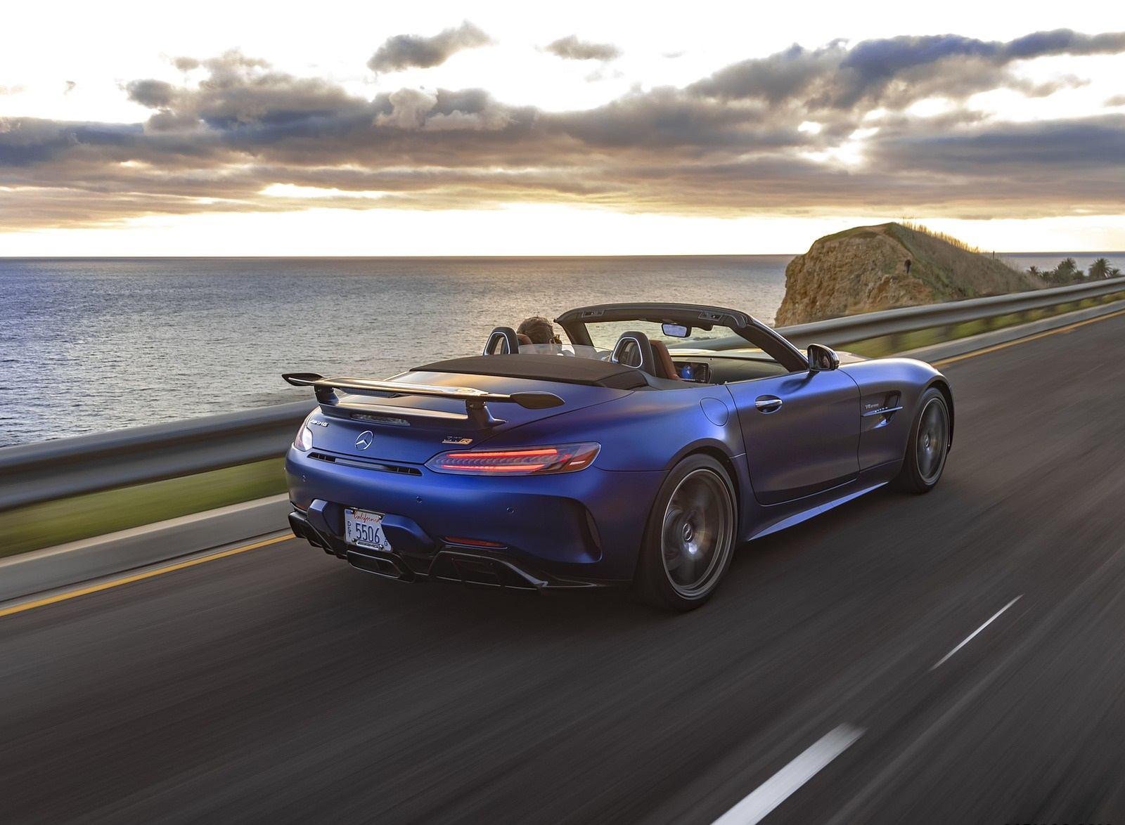 2020 Mercedes-AMG GT R Roadster (US-Spec) Rear Three-Quarter Wallpapers (9)