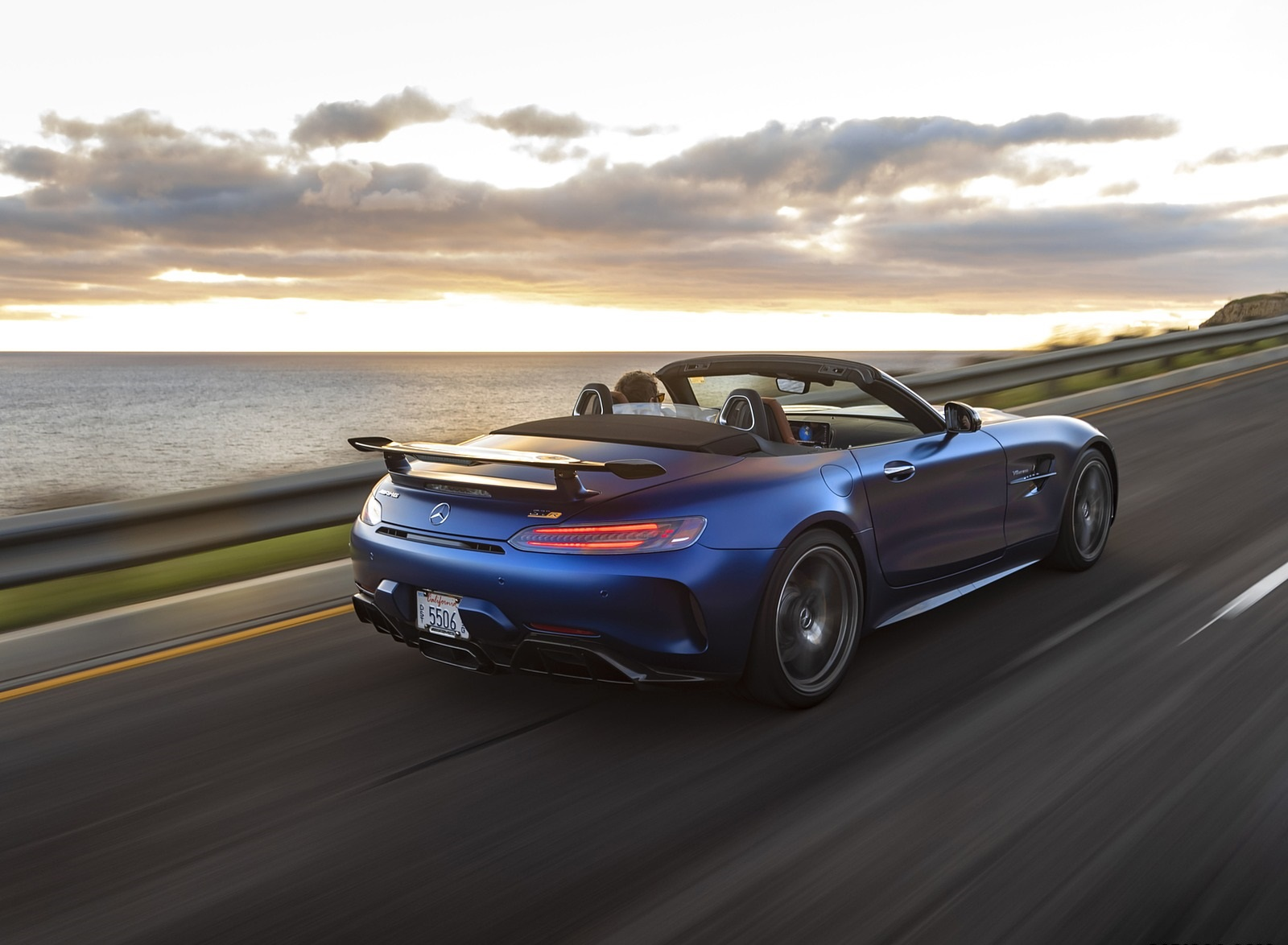 2020 Mercedes-AMG GT R Roadster (US-Spec) Rear Three-Quarter Wallpapers (10)