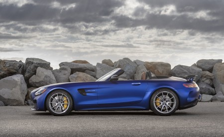 2020 Mercedes-AMG GT R Roadster (US-Spec) Side Wallpapers 450x275 (46)