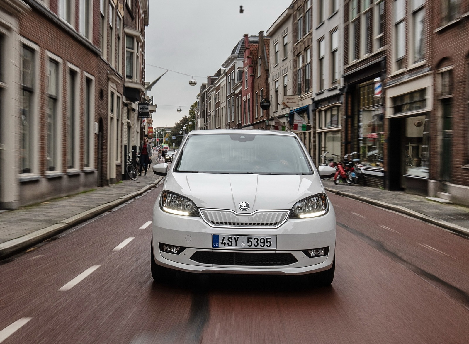 2020 Skoda Citigo iV Plug-In Hybrid Front Wallpapers (5)