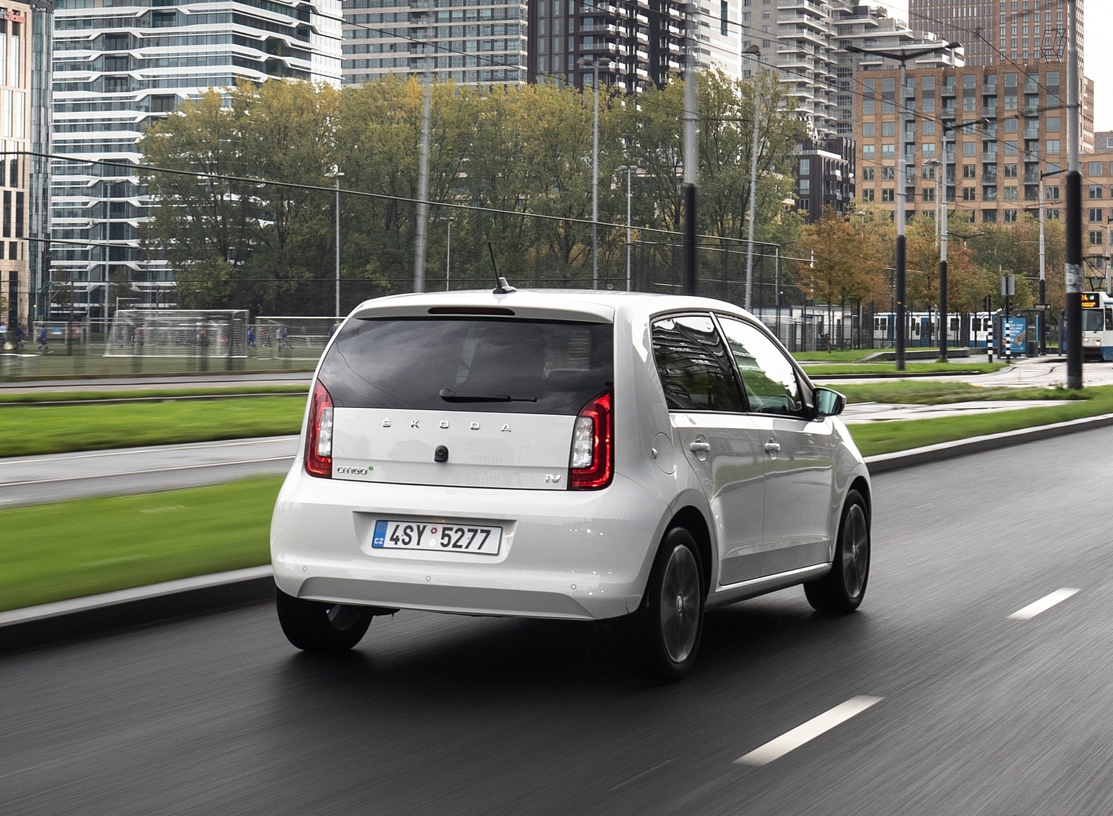 2020 Skoda Citigo iV Plug-In Hybrid Rear Three-Quarter Wallpapers (10)
