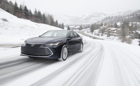 2020 Toyota Avalon Limited AWD Wallpapers HD
