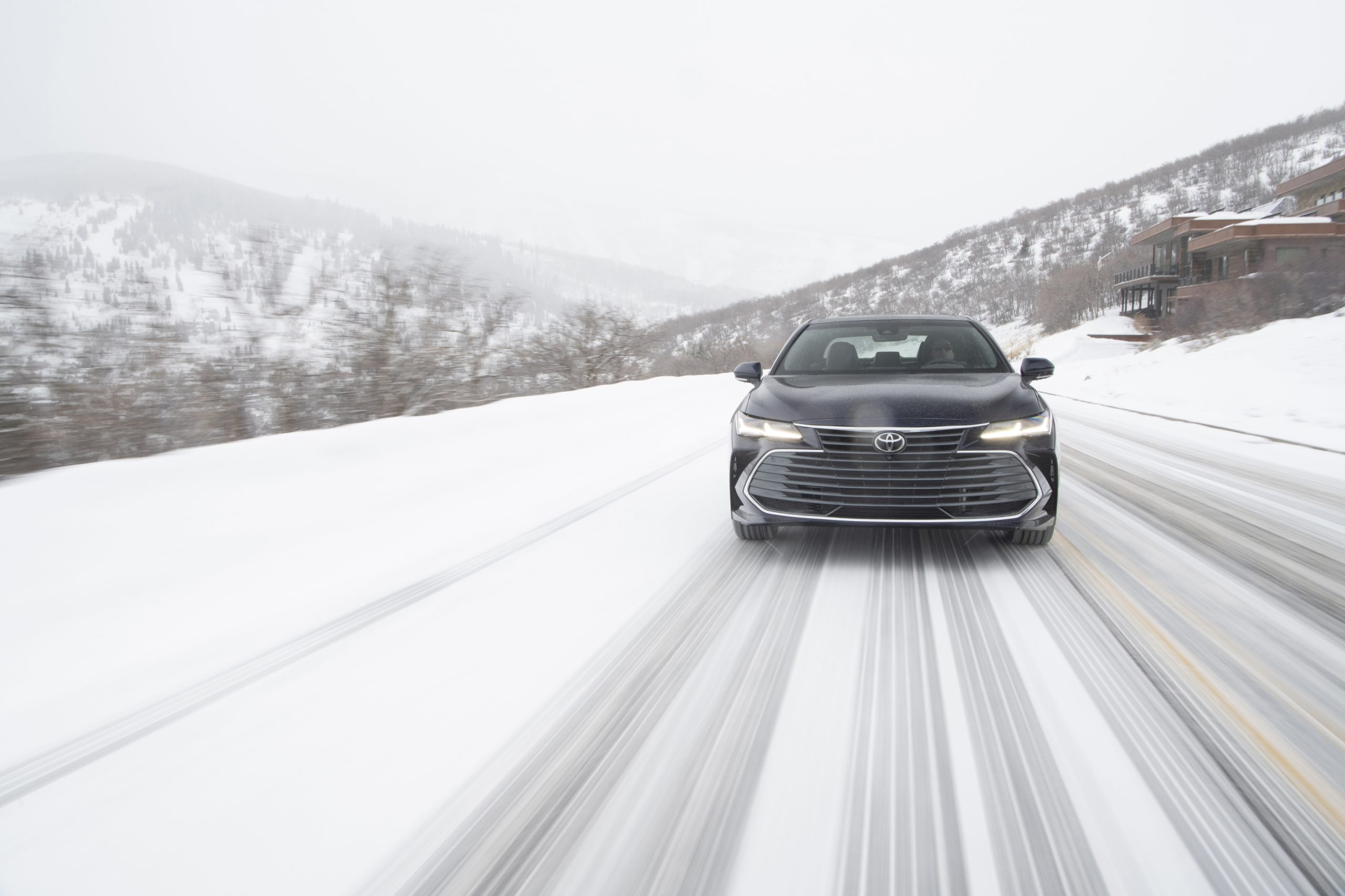 2020 Toyota Avalon Limited AWD Front Wallpapers (4)