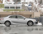2020 Toyota Camry XLE AWD Side Wallpapers 150x120 (10)