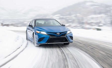 2020 Toyota Camry XSE AWD Front Wallpapers 450x275 (15)
