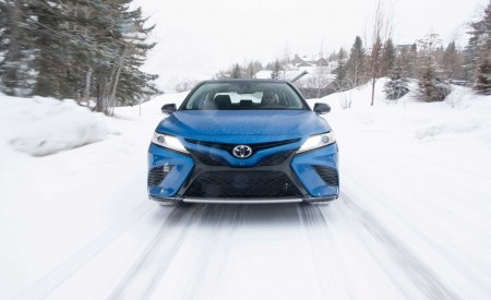 2020 Toyota Camry XSE AWD Front Wallpapers 450x275 (5)