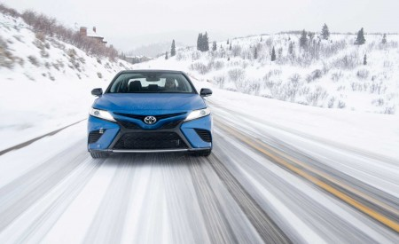 2020 Toyota Camry XSE AWD Front Wallpapers 450x275 (6)