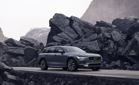 2020 Volvo V90 Cross Country Wallpapers HD
