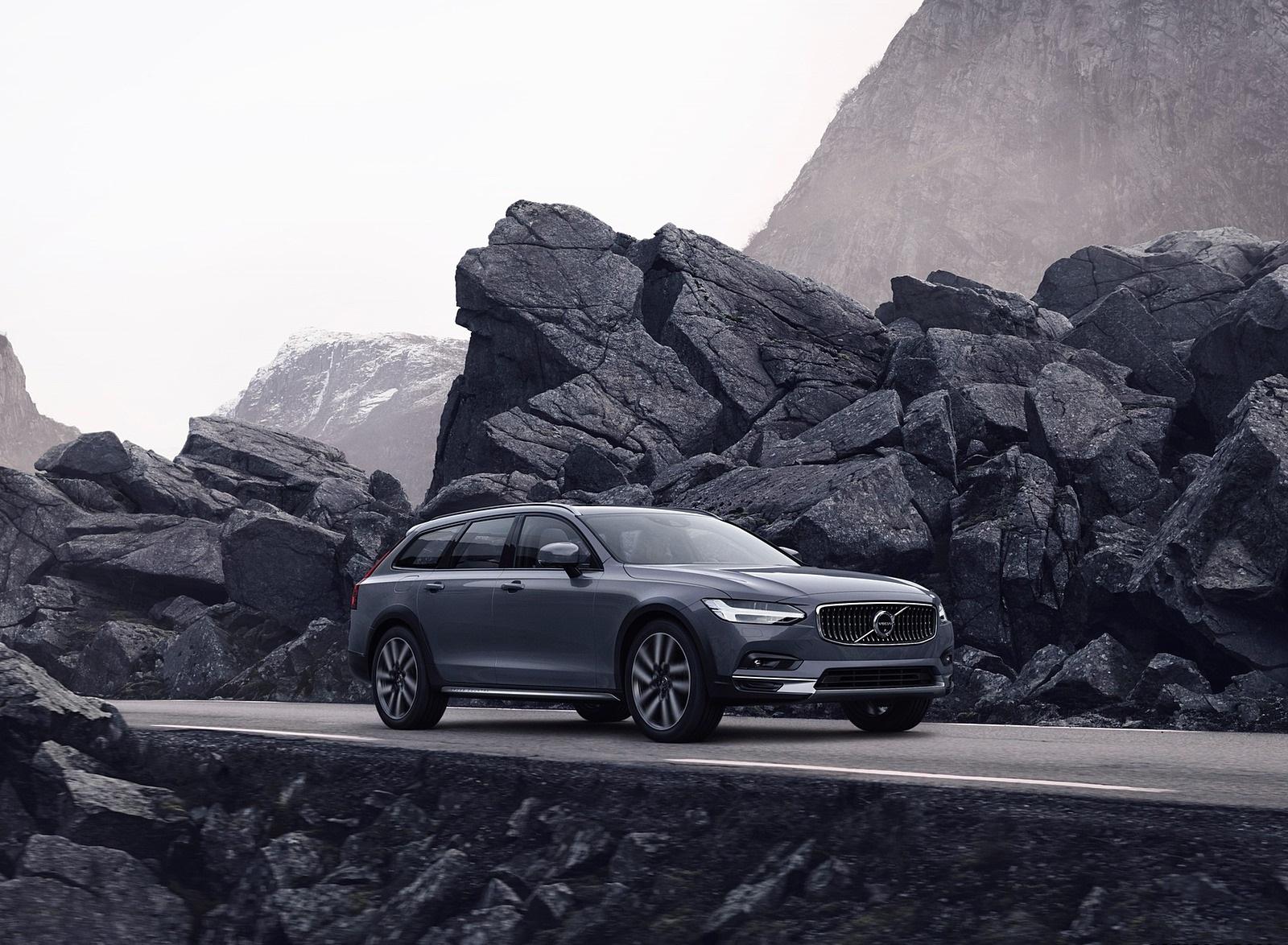 2020 Volvo V90 Specification Reviews