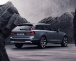 2020 Volvo V90 Cross Country Recharge T8 plug-in hybrid (Color: Thunder Grey) Rear Three-Quarter Wallpapers 150x120 (4)