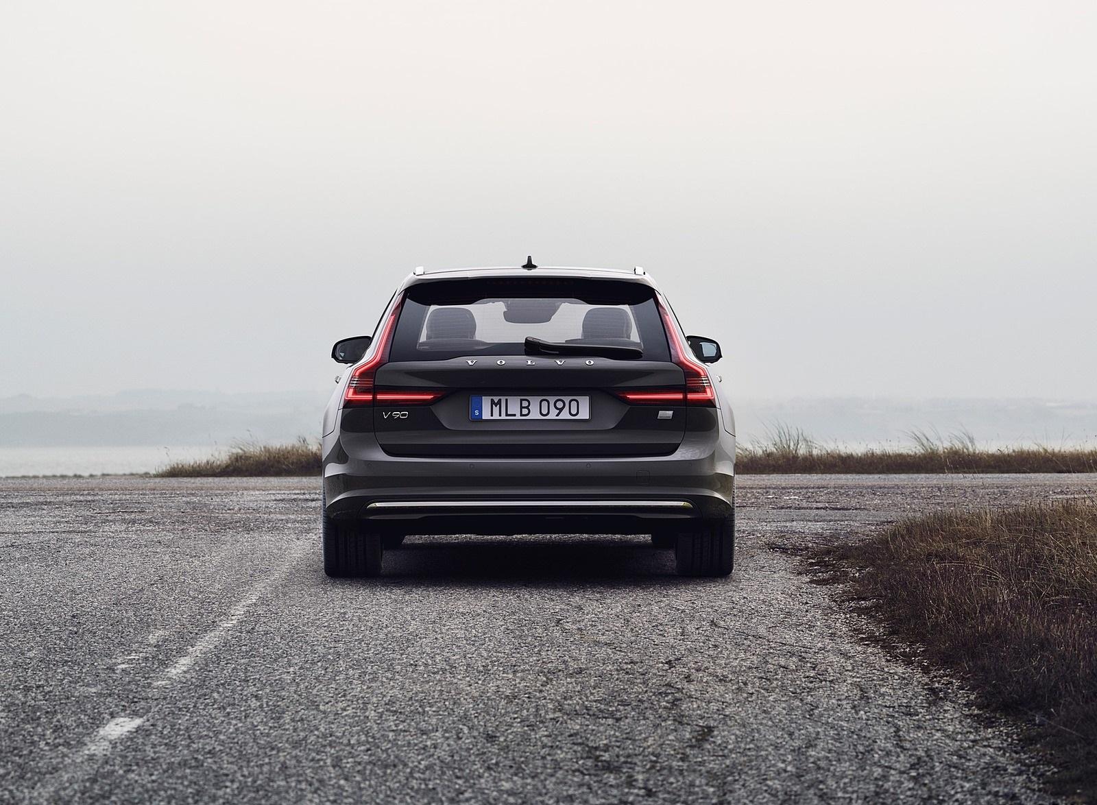2020 Volvo V90 Specification Ratings