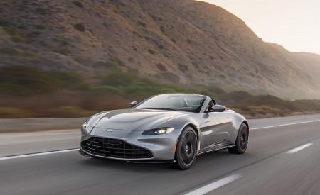 2021 Aston Martin Vantage Roadster (Color: Spirit Silver; US-Spec) Front Three-Quarter Wallpapers  450x275 (71)