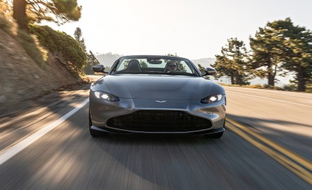 2021 Aston Martin Vantage Roadster (Color: Spirit Silver; US-Spec) Front Wallpapers 450x275 (100)