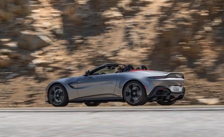 2021 Aston Martin Vantage Roadster (Color: Spirit Silver; US-Spec) Rear Three-Quarter Wallpapers 450x275 (102)
