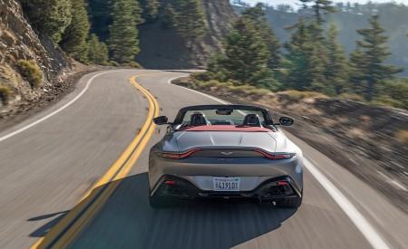 2021 Aston Martin Vantage Roadster (Color: Spirit Silver; US-Spec) Rear Wallpapers 450x275 (83)
