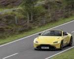 2021 Aston Martin Vantage Roadster (Color: Yellow Tang) Front Three-Quarter Wallpapers 150x120 (10)