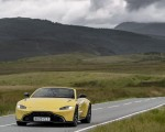 2021 Aston Martin Vantage Roadster (Color: Yellow Tang) Front Wallpapers  150x120 (20)