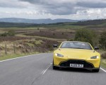 2021 Aston Martin Vantage Roadster (Color: Yellow Tang) Front Wallpapers 150x120 (13)