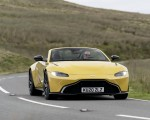 2021 Aston Martin Vantage Roadster (Color: Yellow Tang) Front Wallpapers 150x120 (25)