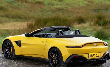 2021 Aston Martin Vantage Roadster (Color: Yellow Tang) Rear Three-Quarter Wallpapers 450x275 (48)