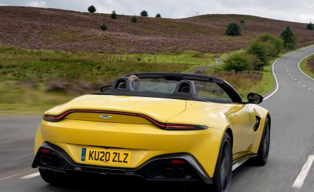 2021 Aston Martin Vantage Roadster (Color: Yellow Tang) Rear Wallpapers 450x275 (35)