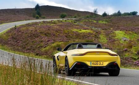2021 Aston Martin Vantage Roadster (Color: Yellow Tang) Rear Wallpapers 450x275 (44)