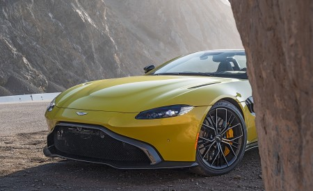 2021 Aston Martin Vantage Roadster (Color: Yellow Tang; US-Spec) Detail Wallpapers 450x275 (149)