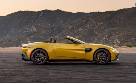 2021 Aston Martin Vantage Roadster (Color: Yellow Tang; US-Spec) Side Wallpapers 450x275 (147)