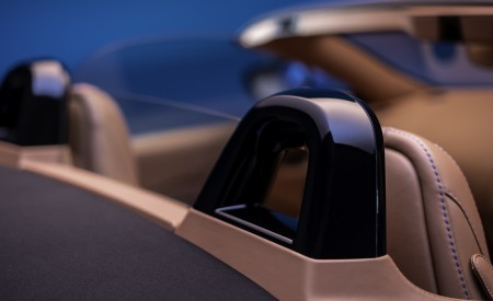 2021 Aston Martin Vantage Roadster Interior Detail Wallpapers 450x275 (173)