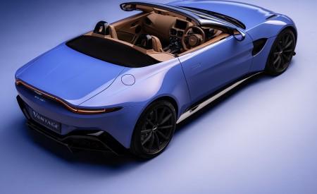 2021 Aston Martin Vantage Roadster Rear Three-Quarter Wallpapers 450x275 (164)