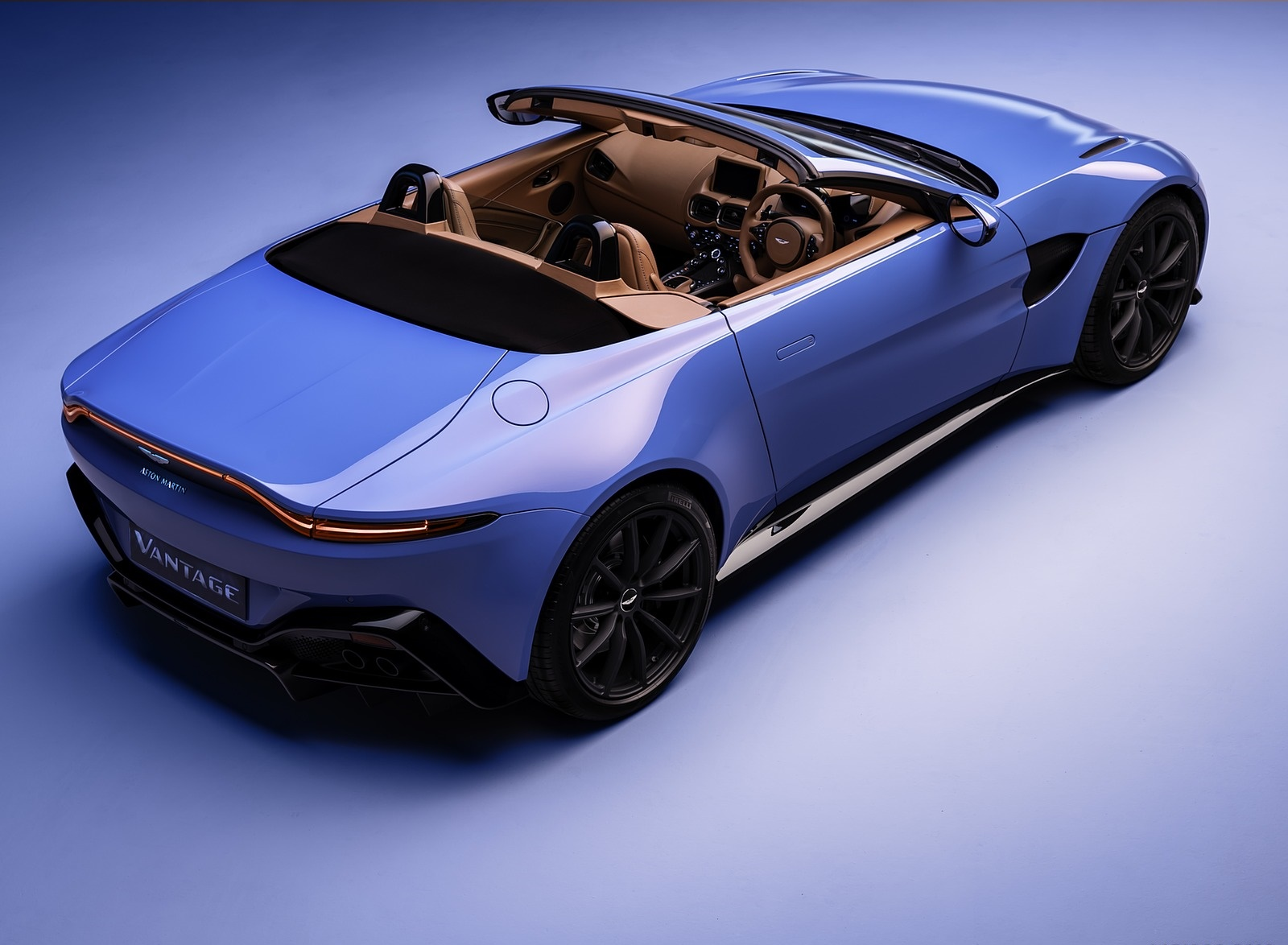 2021 Aston Martin Vantage Roadster Rear Three-Quarter Wallpapers (3)