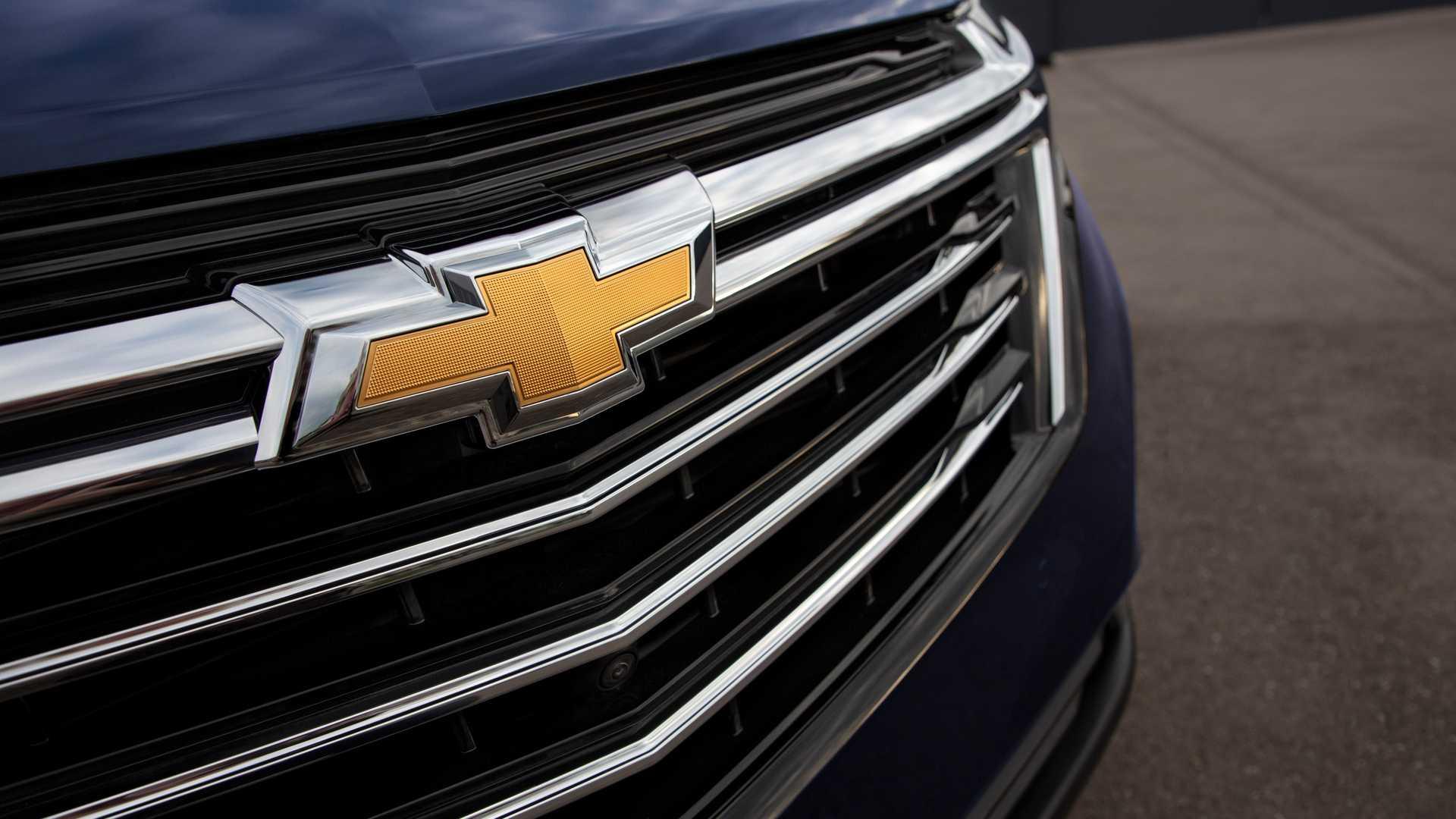 2021 Chevrolet Equinox Premier Badge Wallpapers (6)